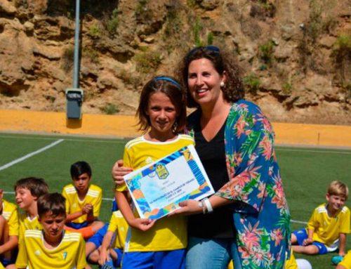 Virginia Bazán, primera mujer al frente del deporte ubriqueño