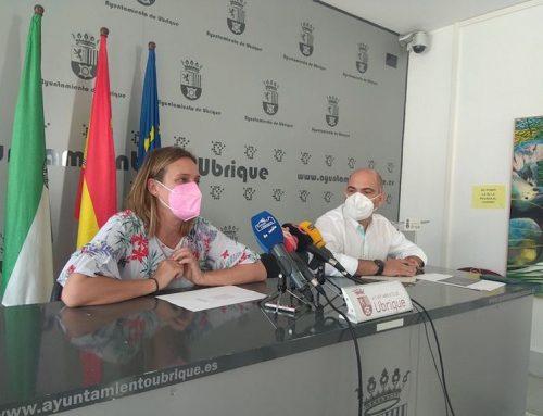 Rueda de prensa en la que han destacado que Ubrique va a recibir 800.000 euros a través de los planes de la Diputación Provincial